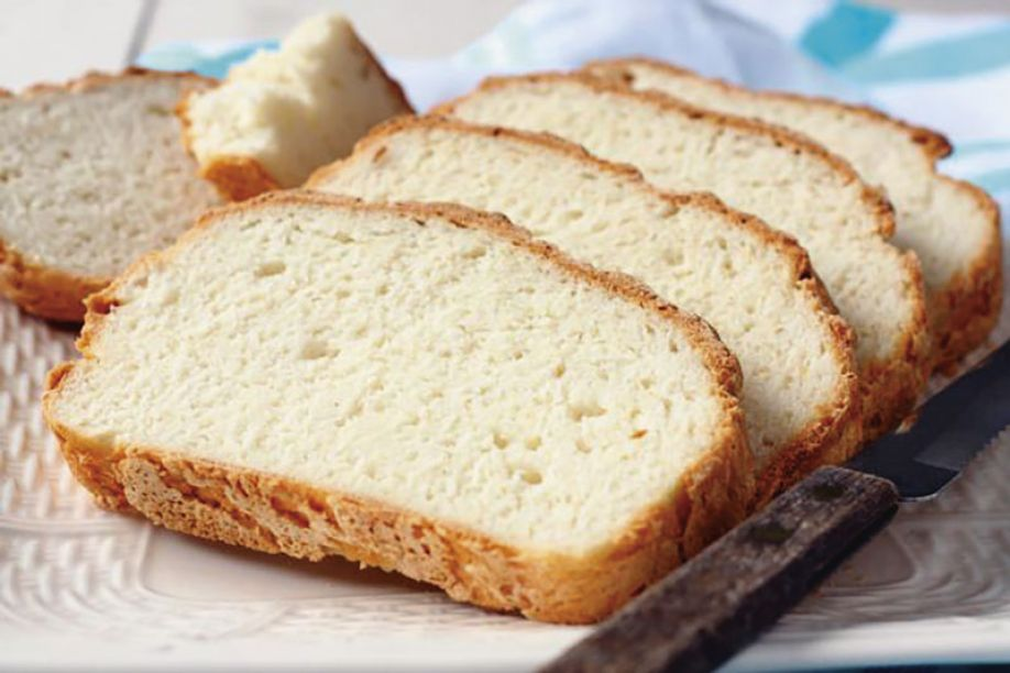 Addition of collagen to gluten-free bread made from rice flour