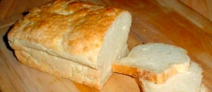 Improving the aroma of gluten-free bread